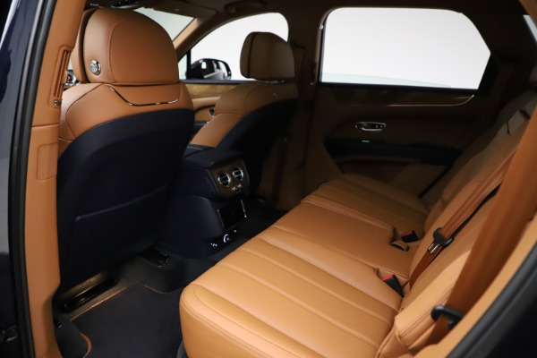 New 2021 Bentley Bentayga V8 for sale $203,205 at Maserati of Westport in Westport CT 06880 21