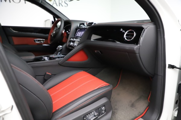 New 2021 Bentley Bentayga V8 for sale Sold at Maserati of Westport in Westport CT 06880 28