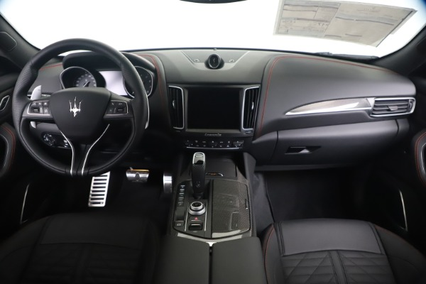 New 2020 Maserati Levante S Q4 GranSport for sale $102,985 at Maserati of Westport in Westport CT 06880 16