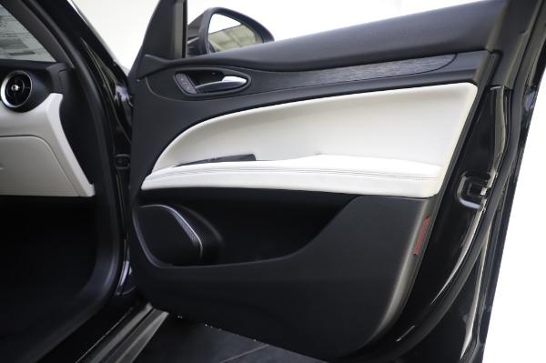 New 2020 Alfa Romeo Stelvio Q4 for sale $47,395 at Maserati of Westport in Westport CT 06880 25