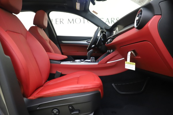 New 2020 Alfa Romeo Stelvio Sport Q4 for sale Sold at Maserati of Westport in Westport CT 06880 20