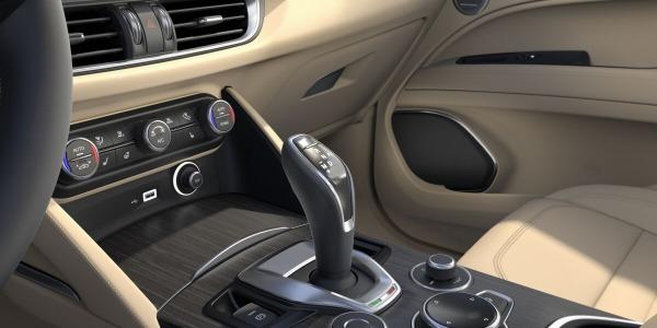 New 2020 Alfa Romeo Stelvio Ti Lusso Q4 for sale $54,745 at Maserati of Westport in Westport CT 06880 5