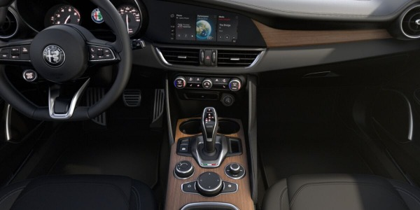 New 2020 Alfa Romeo Giulia Ti Lusso Q4 for sale $51,195 at Maserati of Westport in Westport CT 06880 3