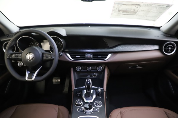New 2020 Alfa Romeo Stelvio Sport Q4 for sale $50,895 at Maserati of Westport in Westport CT 06880 16
