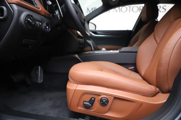 New 2020 Maserati Ghibli S Q4 for sale $84,735 at Maserati of Westport in Westport CT 06880 14