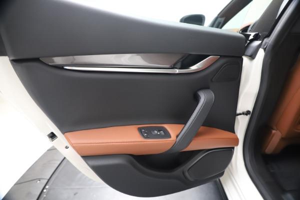 New 2020 Maserati Ghibli S Q4 for sale $84,735 at Maserati of Westport in Westport CT 06880 21