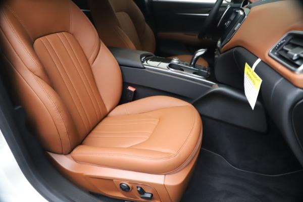 New 2020 Maserati Ghibli S Q4 for sale $84,735 at Maserati of Westport in Westport CT 06880 24