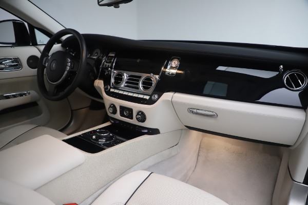 Used 2014 Rolls-Royce Wraith for sale $165,900 at Maserati of Westport in Westport CT 06880 21