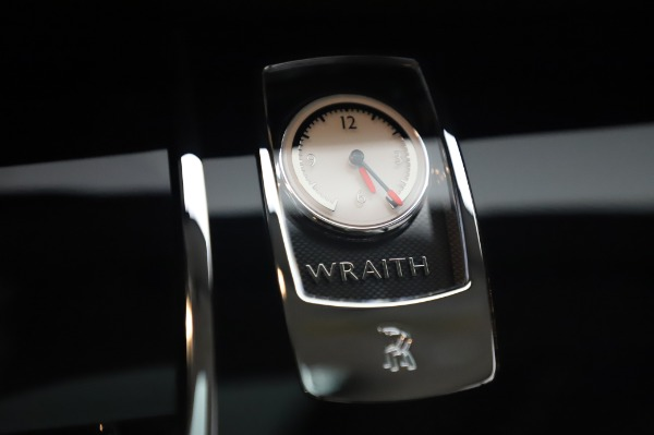Used 2014 Rolls-Royce Wraith for sale $168,900 at Maserati of Westport in Westport CT 06880 25