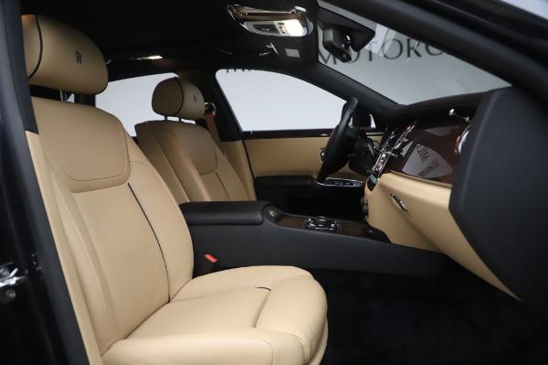 Used 2016 Rolls-Royce Ghost for sale $175,900 at Maserati of Westport in Westport CT 06880 16