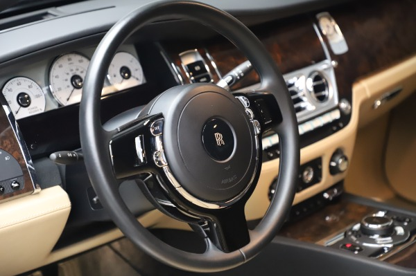 Used 2016 Rolls-Royce Ghost for sale $175,900 at Maserati of Westport in Westport CT 06880 17