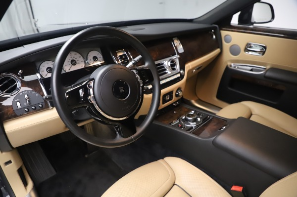 Used 2016 Rolls-Royce Ghost for sale $175,900 at Maserati of Westport in Westport CT 06880 18
