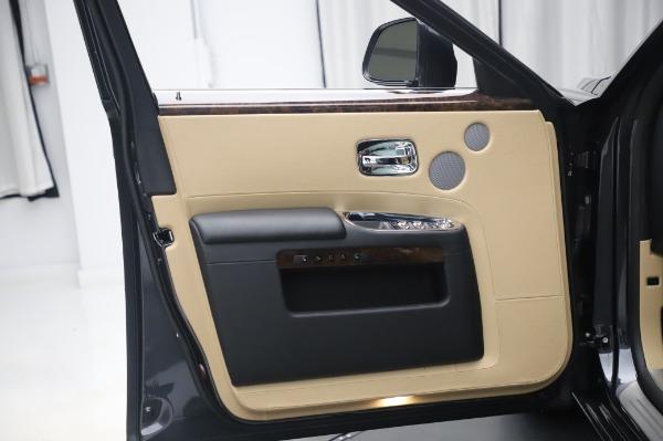 Used 2016 Rolls-Royce Ghost for sale $175,900 at Maserati of Westport in Westport CT 06880 25
