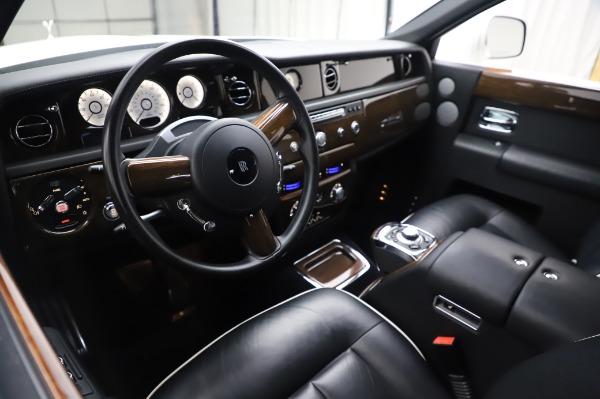Used 2014 Rolls-Royce Phantom for sale $199,900 at Maserati of Westport in Westport CT 06880 14