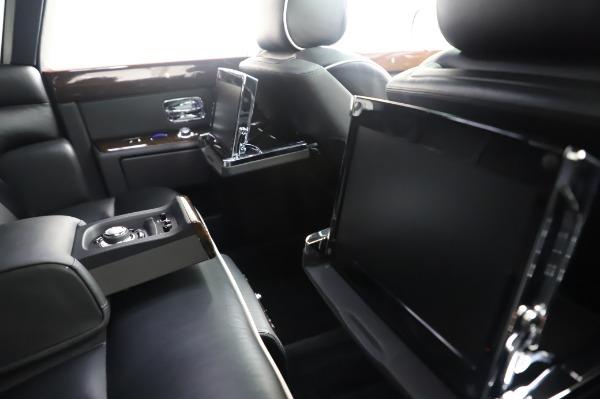 Used 2014 Rolls-Royce Phantom for sale $199,900 at Maserati of Westport in Westport CT 06880 18