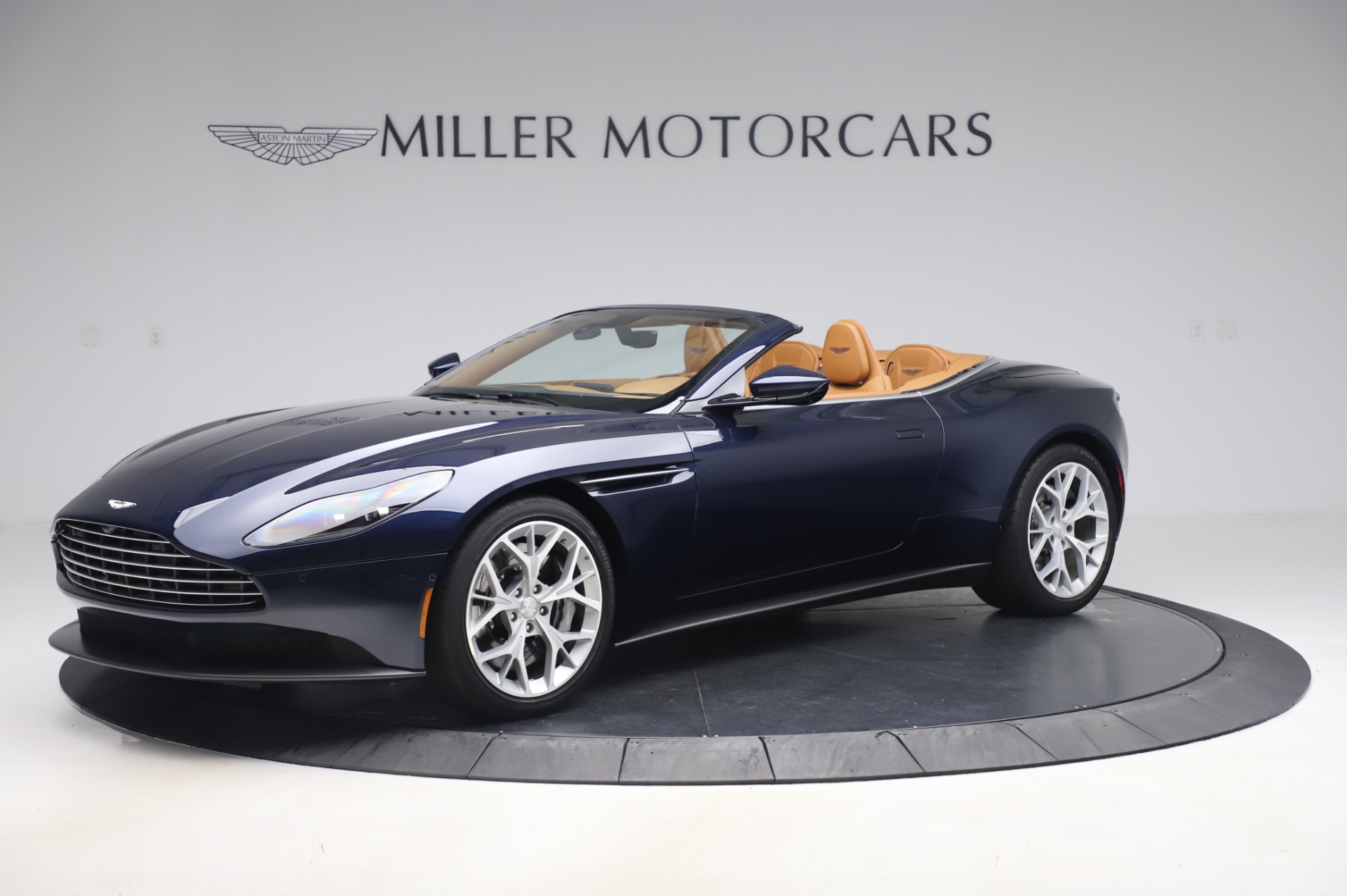 Used 2019 Aston Martin DB11 Volante Convertible for sale $198,900 at Maserati of Westport in Westport CT 06880 1