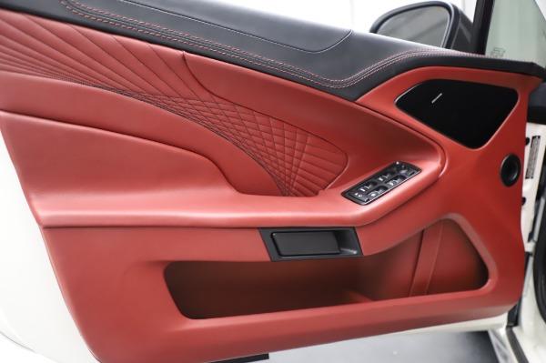 Used 2018 Aston Martin Vanquish S Volante for sale $179,900 at Maserati of Westport in Westport CT 06880 17