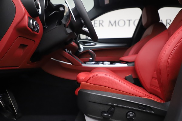 New 2020 Alfa Romeo Stelvio Ti Sport Q4 for sale $53,545 at Maserati of Westport in Westport CT 06880 14