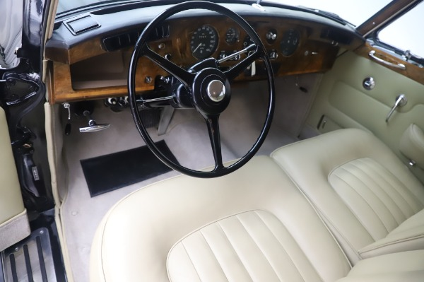 Used 1965 Rolls-Royce Silver Cloud III for sale $99,900 at Maserati of Westport in Westport CT 06880 15