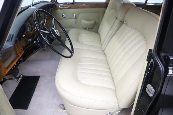 Used 1965 Rolls-Royce Silver Cloud III for sale $99,900 at Maserati of Westport in Westport CT 06880 16