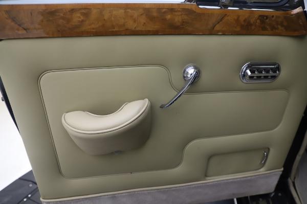 Used 1965 Rolls-Royce Silver Cloud III for sale $99,900 at Maserati of Westport in Westport CT 06880 17