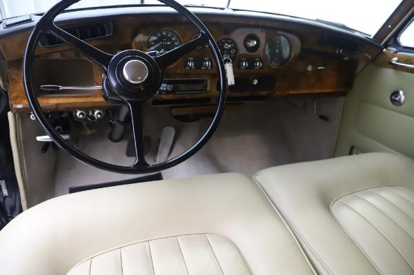 Used 1965 Rolls-Royce Silver Cloud III for sale $99,900 at Maserati of Westport in Westport CT 06880 21