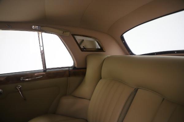 Used 1965 Rolls-Royce Silver Cloud III for sale $99,900 at Maserati of Westport in Westport CT 06880 22