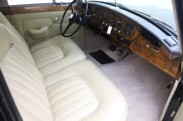 Used 1965 Rolls-Royce Silver Cloud III for sale $99,900 at Maserati of Westport in Westport CT 06880 23