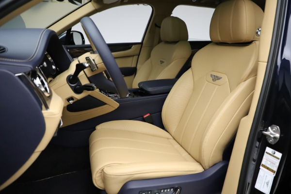 New 2021 Bentley Bentayga V8 for sale $209,755 at Maserati of Westport in Westport CT 06880 19