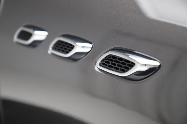 New 2020 Maserati Levante S Q4 GranLusso for sale $100,485 at Maserati of Westport in Westport CT 06880 14
