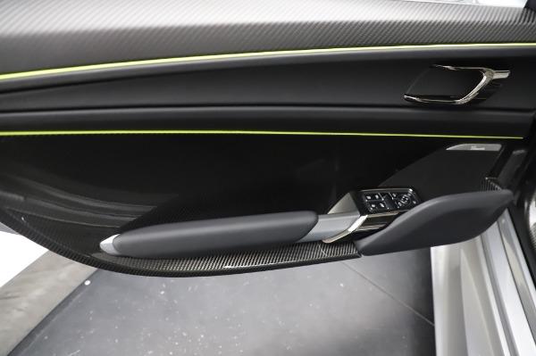 Used 2015 Porsche 918 Spyder for sale $1,389,900 at Maserati of Westport in Westport CT 06880 25