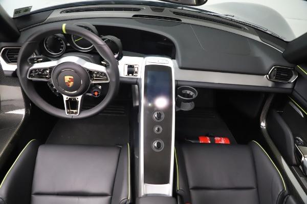 Used 2015 Porsche 918 Spyder for sale $1,389,900 at Maserati of Westport in Westport CT 06880 26