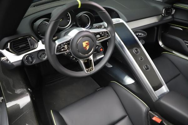 Used 2015 Porsche 918 Spyder for sale $1,389,900 at Maserati of Westport in Westport CT 06880 27