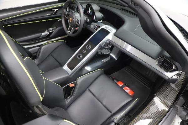 Used 2015 Porsche 918 Spyder for sale $1,389,900 at Maserati of Westport in Westport CT 06880 28