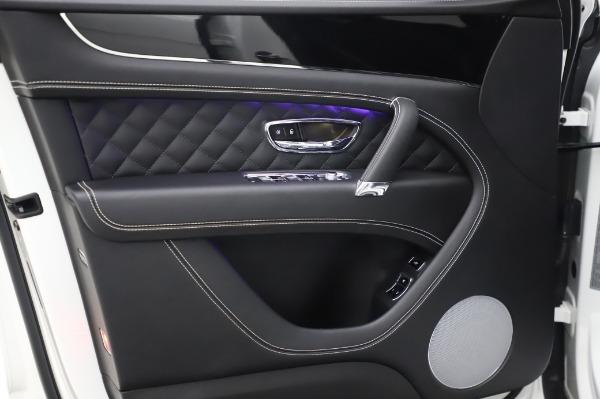 Used 2018 Bentley Bentayga Black Edition for sale Call for price at Maserati of Westport in Westport CT 06880 18