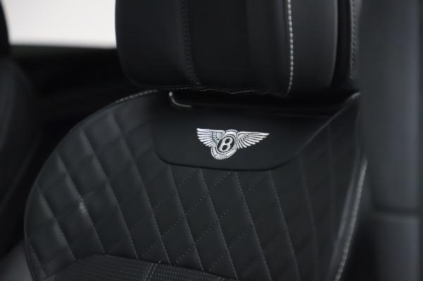 Used 2018 Bentley Bentayga Black Edition for sale Call for price at Maserati of Westport in Westport CT 06880 22