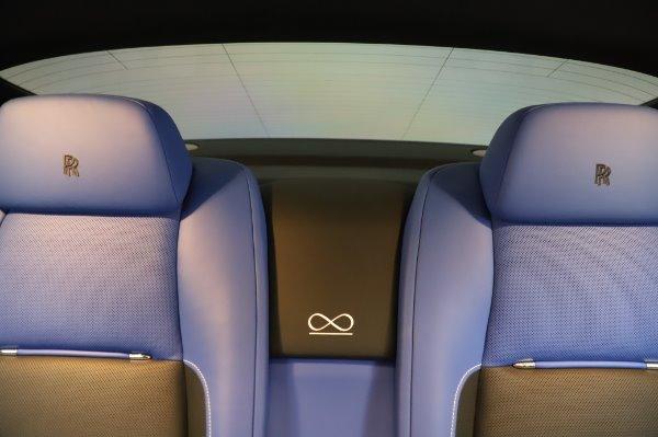Used 2017 Rolls-Royce Wraith Black Badge for sale $269,900 at Maserati of Westport in Westport CT 06880 27