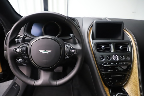 Used 2017 Aston Martin DB11 V12 Coupe for sale $149,900 at Maserati of Westport in Westport CT 06880 19