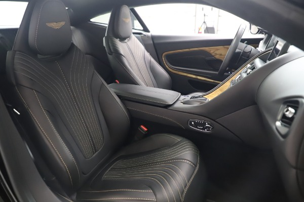 Used 2017 Aston Martin DB11 V12 for sale $149,900 at Maserati of Westport in Westport CT 06880 23