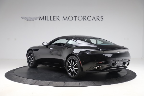 Used 2017 Aston Martin DB11 V12 for sale $149,900 at Maserati of Westport in Westport CT 06880 4