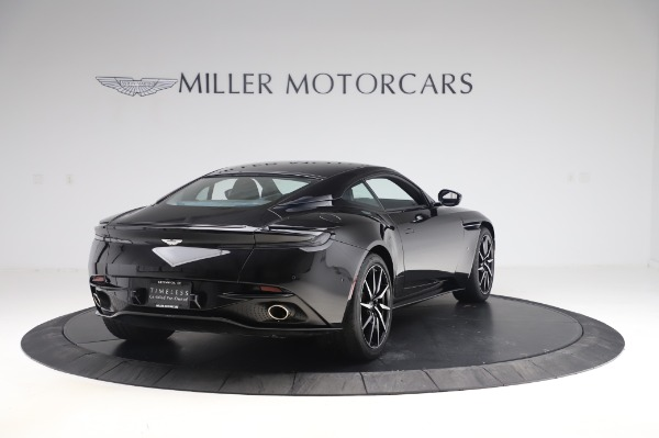 Used 2017 Aston Martin DB11 V12 for sale $149,900 at Maserati of Westport in Westport CT 06880 6