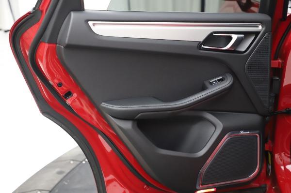 Used 2017 Porsche Macan GTS for sale $57,900 at Maserati of Westport in Westport CT 06880 25