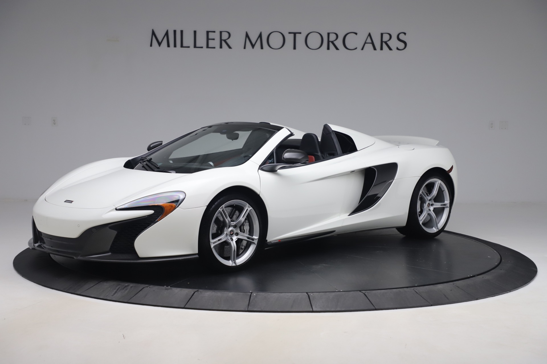Used 2016 McLaren 650S Spider for sale $152,900 at Maserati of Westport in Westport CT 06880 1