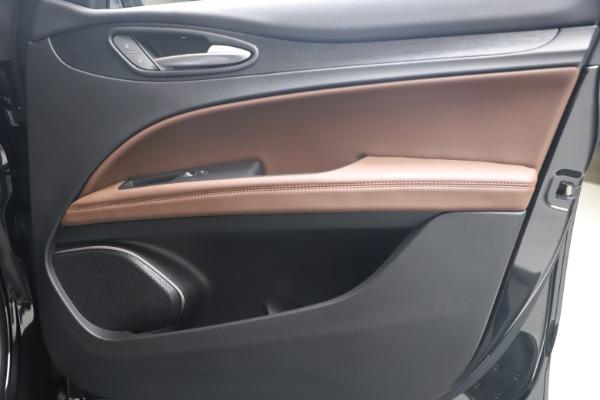 New 2020 Alfa Romeo Stelvio Q4 for sale $49,045 at Maserati of Westport in Westport CT 06880 24