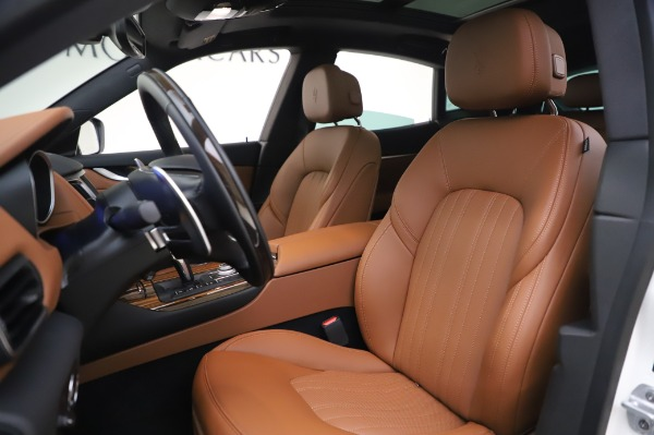 New 2020 Maserati Levante Q4 GranLusso for sale $87,449 at Maserati of Westport in Westport CT 06880 14