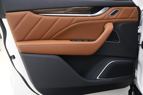 New 2020 Maserati Levante Q4 GranLusso for sale $87,449 at Maserati of Westport in Westport CT 06880 17