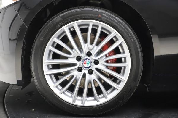 New 2020 Alfa Romeo Giulia Ti Lusso Q4 for sale $46,195 at Maserati of Westport in Westport CT 06880 14