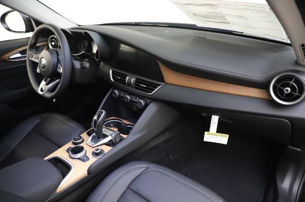 New 2020 Alfa Romeo Giulia Ti Lusso Q4 for sale $46,195 at Maserati of Westport in Westport CT 06880 27