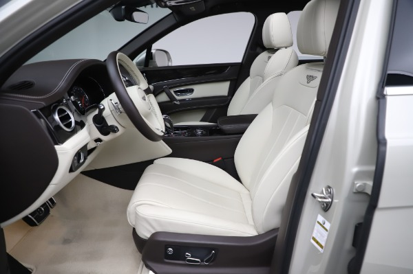 Used 2018 Bentley Bentayga Onyx Edition for sale Call for price at Maserati of Westport in Westport CT 06880 18