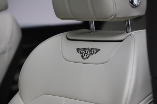 Used 2018 Bentley Bentayga Onyx Edition for sale Call for price at Maserati of Westport in Westport CT 06880 20